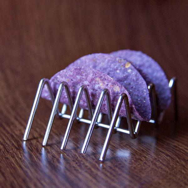 blue+mini+taco+shell+on+metal